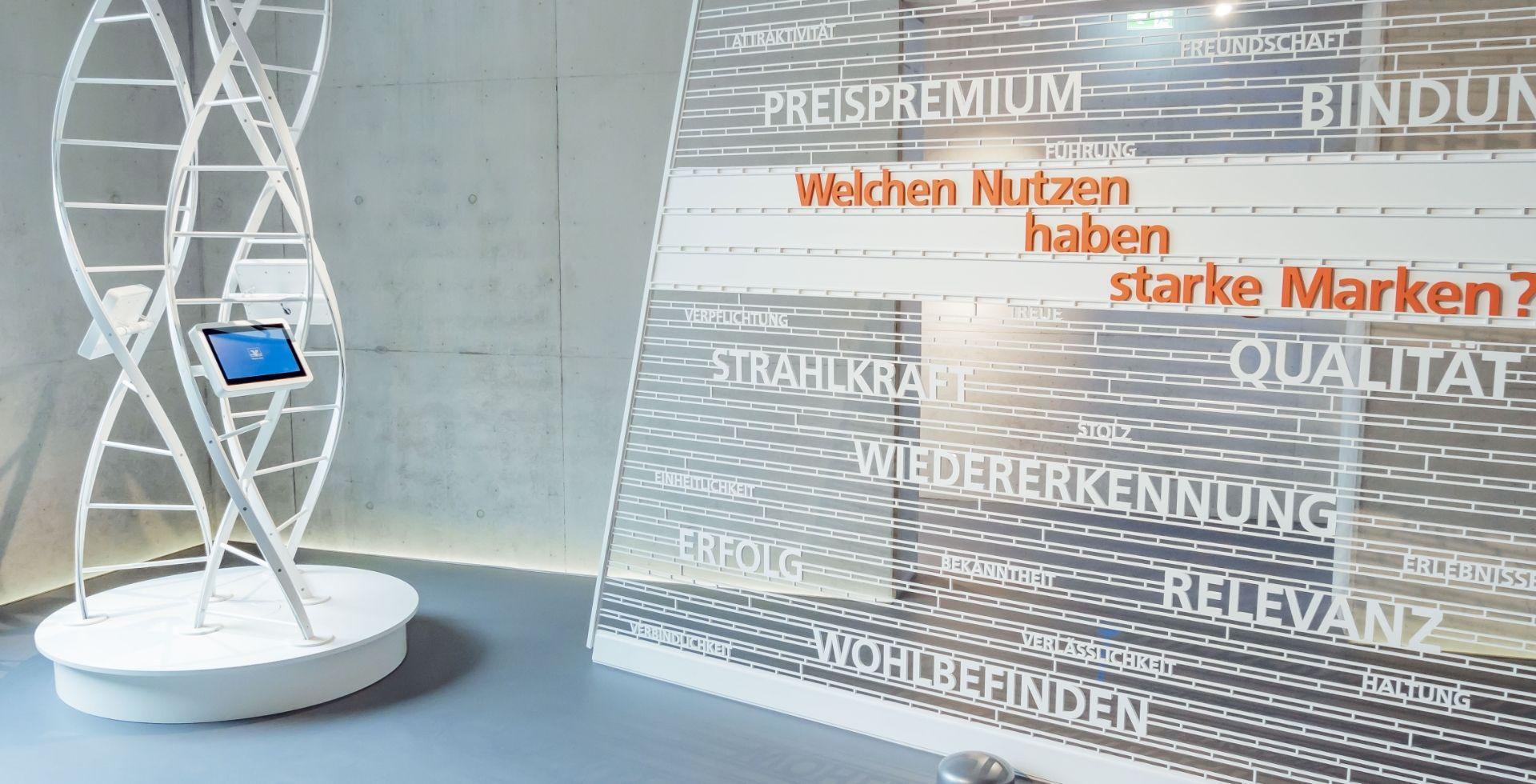 Volksbanken Raiffeisenbanken - Markenturm - Schloß Montabaur - Showroom - Multimedia - Creative Technology - Interactive Experience - Customer Journey - Touchanwendungen - Quizgames -  realtime visions