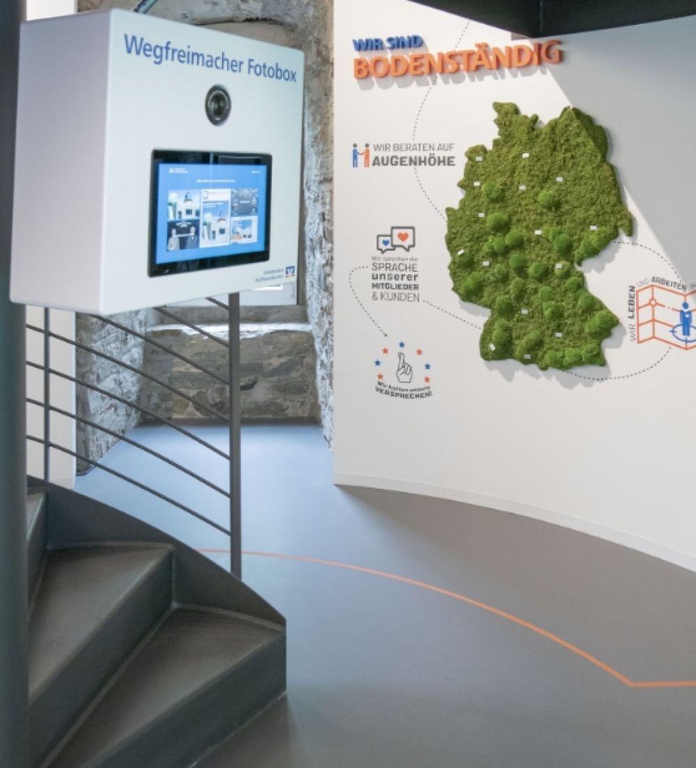 Volksbanken Raiffeisenbanken - Markenturm - Schloß Montabaur - Showroom - Multimedia - Creative Technology - Interactive Experience - Customer Journey - Touchanwendungen - Multitouch - Fotobox - realtime visions