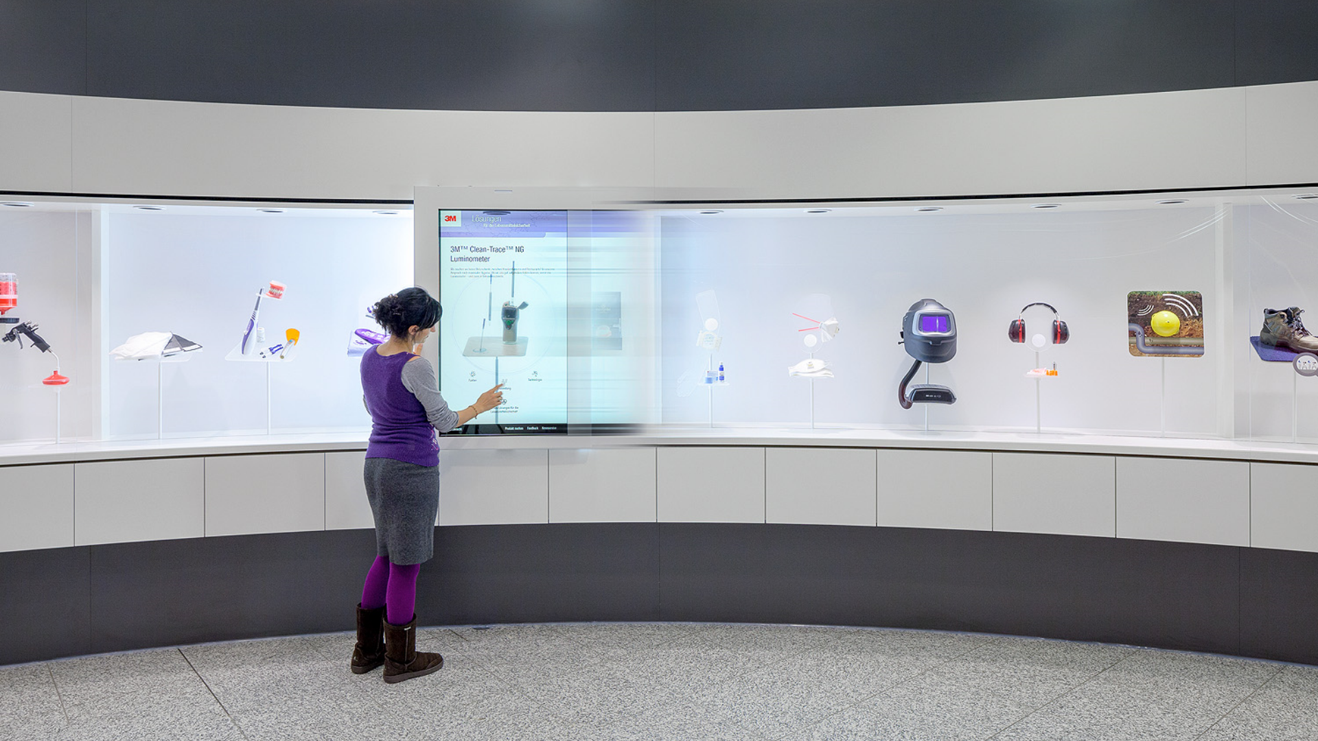 3M Deutschland World Of Innovation - Interaktive Installation - Shift Screen - Transparente OLED