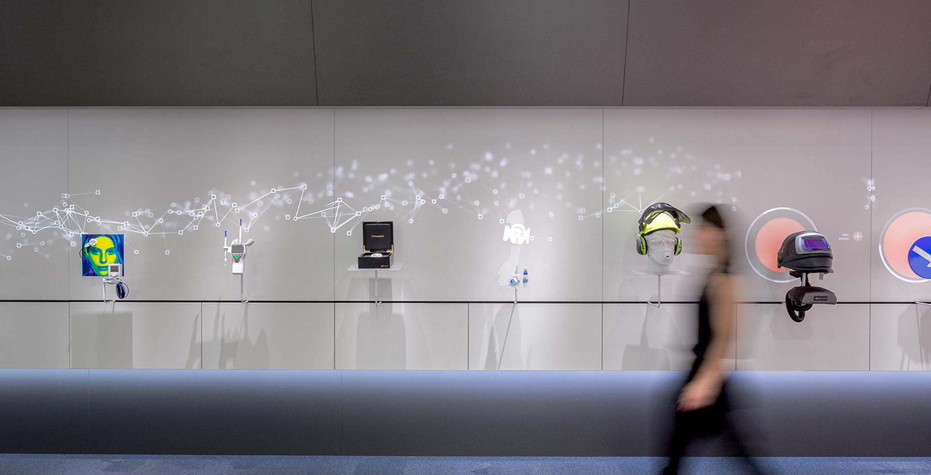 Interaktive Wand - Interaktive Projektion - Bewegungserkennung - Touchsensoren - Großprojektion - realtime visions