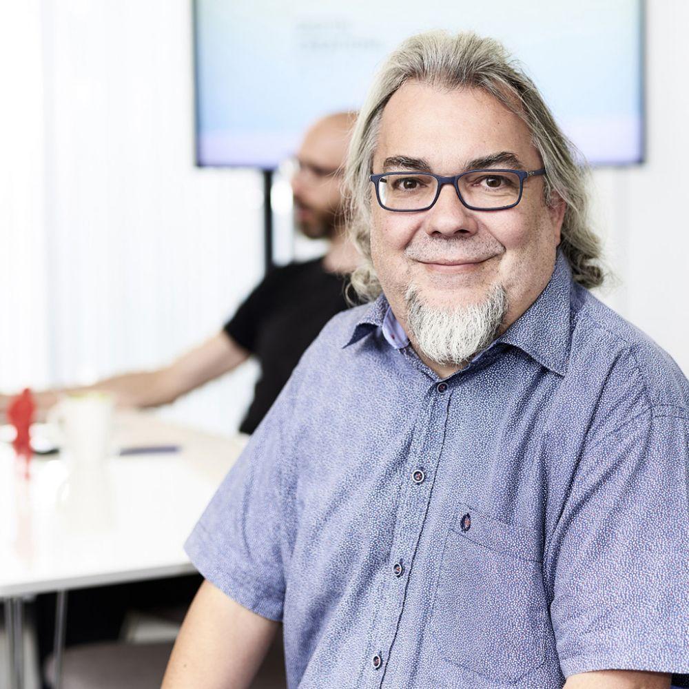 Guido Stegmann - Creative Management, Shareholder